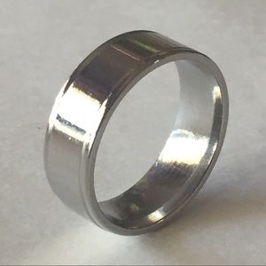 Sz 11 Shiny Stainless Steel Ring/Band.